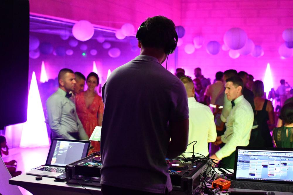 DJ, animateur pour votre mariage, soirée privée ou publique